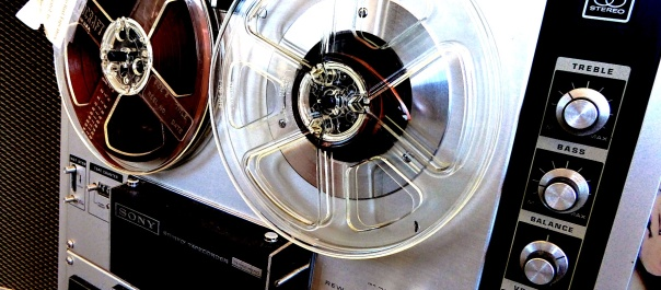 vintage-reel-to-reel-tape-recorder.jpg